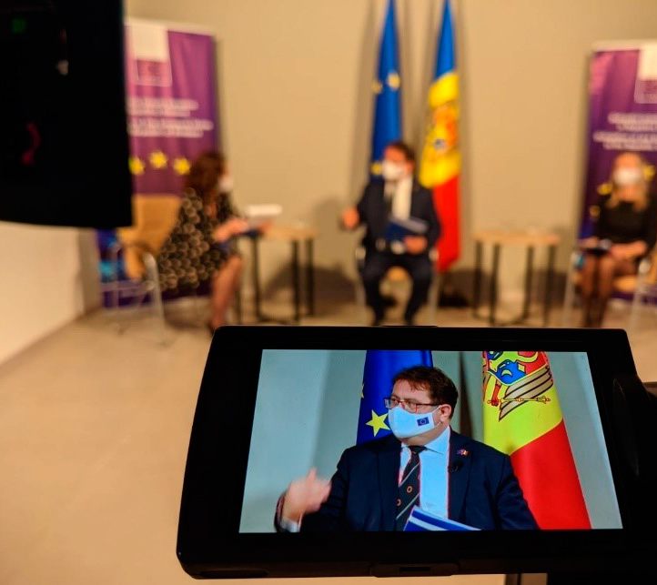 """THE EUROPEAN UNION SUPPORTS THE CIVIL SOCIETY IN THE REPUBLIC OF MOLDOVA. """"EU TALKS"""" PRESENTED NEW OPPORTUNITIES FOR CSO MEMBERS"""